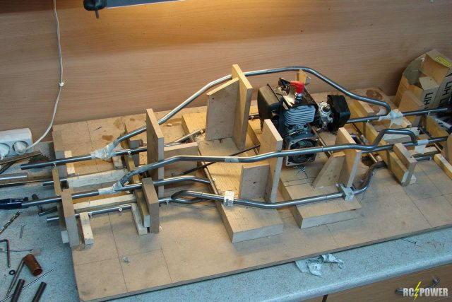 Машина с двс на радиоуправлении своими руками